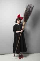 『魔女の宅急便』のキキ役を演じる福本莉子