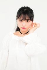 『bis』7月号に登場する欅坂46・長濱ねる