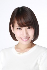 新作映画『初恋スケッチ〜まいっちんぐマチコ先生』(9月6日公開)に出演する増田有華