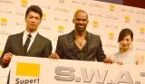 海外ドラマ『S.W.A.T.』ジャパンプレミアに登壇した(左から)村田諒太、シェマー・ムーア、武田梨奈 (C)ORICON NewS inc.