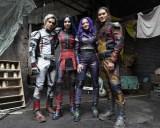 ディズニー・チャンネルのオリジナル・ムービー『ディセンダント3』(仮題)(左から)カルロス、イヴィ、マル、ジェイ(C)Disney