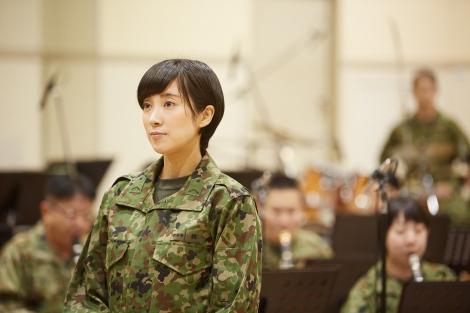 陸上自衛隊中部方面音楽隊でソプラノを担当する鶫真衣3等陸曹