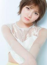AKB48・岡田奈々(撮影:Takeo Dec.)=『AKB48総選挙公式ガイドブック2018』アザーカットより