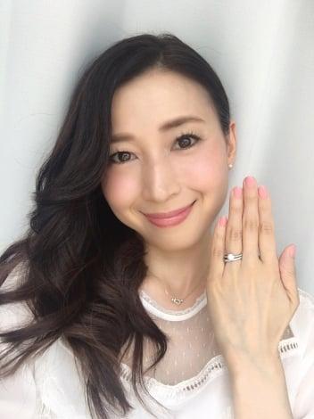 サムネイル 元・大阪パフォーマンスドール、中野公美子が結婚