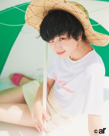サムネイル 『ar』7月号に登場する小松菜奈