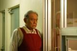 学園の用務員で投資部の面倒もみているゼン役の渡辺哲(C)「インベスターZ」製作委員会