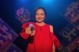 8月12日に生放送するカンテレ『特定せよ!』MCを務めるベッキー (C)カンテレ