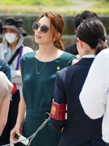 """画像・写真   米倉涼子、""""悪女キャラ""""で黒木華に「負けたっぽい ..."""