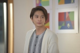美術教師を演じる小池徹平 (C)椎葉ナナ/集英社(C)2018 映画「覚悟はいいかそこの女子。」製作委員会