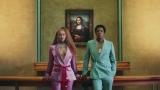 ビヨンセ&ジェイ・Z夫妻が新曲MVでルーヴル美術館の名画『モナリザ』に負けない存在感