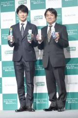 『サンスター ガム歯周プロケア』イベントに出席した(左から)佐々木蔵之介 、本木克英監督 (C)ORICON NewS inc.
