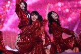 『第10回AKB48世界選抜総選挙』の開票前に開催された『AKB48グループコンサート』 (C)AKS