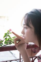 1st写真集の発売が決定したAKB48・高橋朱里 撮影:佐藤裕之(講談社)