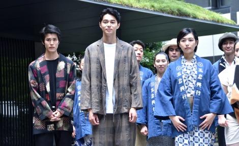 映画『菊とギロチン』ヒット祈願法要に出席した(左から)寛一郎、東出昌大 、木竜麻生 (C)ORICON NewS inc.
