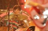 NHK『Uta-Tube』(中部7県向け)6月30日・7月7日の2週連続でSHISHAMOが登場。スタジオライブの模様(C)NHK