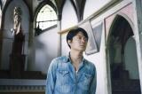 5月に久賀島の旧五輪教会堂を訪れた福山雅治