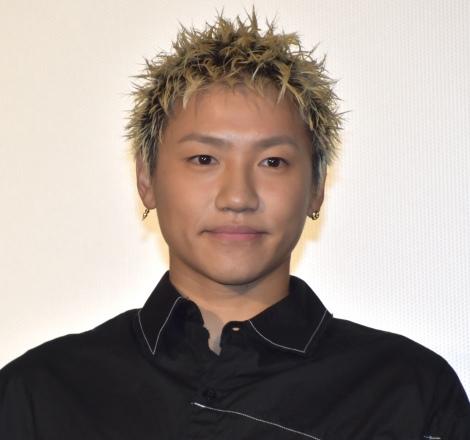 映画『ウタモノガタリ-CINEMA FIGHTERS project-』公開記念舞台あいさつに出席した小森隼