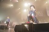 全国ツアー『FLOW 15th Anniversary TOUR 2018「アニメ縛り」』ツアーファイナル(左よりKEIGO、GOT'S、KOHSHI)