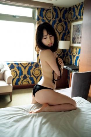 サムネイル 1st写真集の発売が決定したAKB48・高橋朱里 撮影:佐藤裕之(講談社)