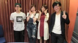 乃木坂46の和田まあや(左から2番目)がドランクドラゴン鈴木拓(左端)と師弟関係に?