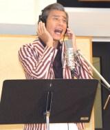 新曲「ビバ!ビバ!バンビーナ」の公開レコーディングを行った舘ひろし (C)ORICON NewS inc.