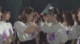 東京ドームがラストステージとなった中元日芽香と伊藤万理華を見守るメンバーたち