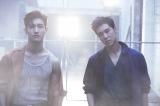 7月25日にニューシングルをリリースする東方神起(左から)チャンミン、ユンホ