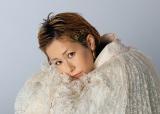 『ちいさな英雄—カニとタマゴと透明人間—』のエンディングテーマを担当する木村カエラ