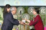 『第44回放送文化基金賞』個人賞を受賞した『プレバト!!』の俳句講師・夏井いつき氏 (C)MBS