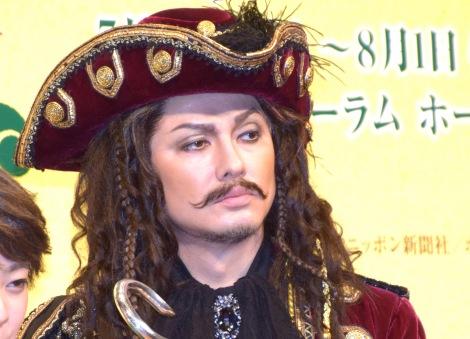 ブロードウェイミュージカル『ピーターパン』の制作発表会見に参加したDA PUMP・ISSA(C)ORICON NewS inc.