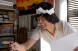 NHK・土曜ドラマ『バカボンのパパよりバカなパパ』赤塚不二夫役を熱演する玉山鉄二 (C)NHK