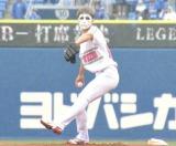 プロ野球交流戦「横浜対日本ハム」試合前に投球した樽美酒研二 (C)ORICON NewS inc.