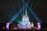 光と映像、音楽、花火が織りなす迫力のナイトタイムスペクタキュラー「Celebrate! Tokyo Disneyland」 (C)oricon ME inc.