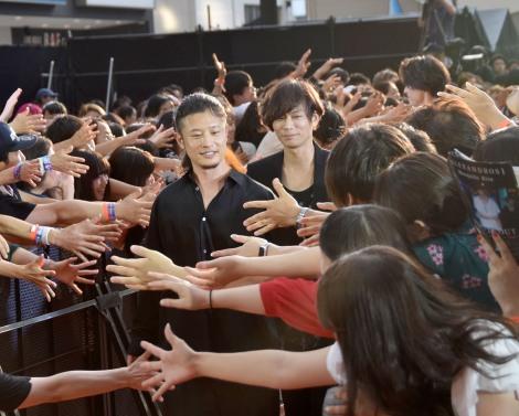 多数のファンから握手を求められた[ALEXANDROS]=映画『BLEACH』イベント (C)ORICON NewS inc.