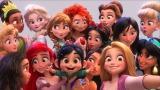性格が出てる!? 『シュガー・ラッシュ:オンライン』より。ディズニープリンセスのセルフィーショット(C)Disney. All Rights Reserved.