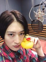 『サンドのお風呂いただきます』NHK総合で7月12日放送。ナレーションを担当するコムアイ