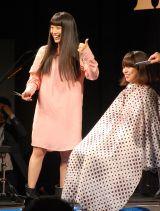 ベストアルバム『miwa THE BEST』の発売記念ミニライブイベントの模様 (C)ORICON NewS inc.
