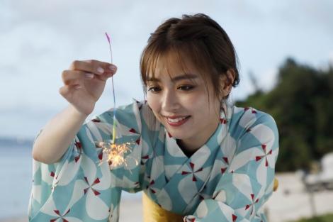 サムネイル 夏の沖縄デートを満喫した内田理央 (C)タップル誕生