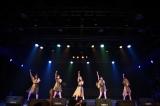 初の海外単独公演を敢行したLittle Glee Monster