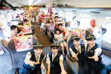 ももクロ新幹線、モノノフ1017人で満員御礼 車掌役のメンバーとの近さに女性客涙