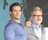 映画『ミッション:インポッシブル/フォールアウト』記者会見に出席した(左から)ヘンリー・カヴィル、クリストファー・マッカリー監督 (C)ORICON NewS inc.