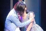 AKB48のチーム8単独舞台「KISS KISS KISS」公開ゲネプロに参加した(左から)山田菜々美、�M咲友菜 (C)ORICON NewS inc.