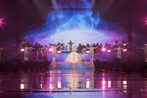 『ayumi hamasaki ARENA TOUR 2018 〜POWER of MUSIC 20th Anniversary〜』より