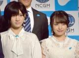 AKB48(左から)岡田奈々、向井地美音 (C)ORICON NewS inc.