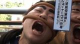 """『世界の果てまでイッテQ!』の""""台湾で安室と2ショットが撮れるか""""企画より(C)日本テレビ"""
