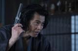 大河ドラマ『西郷どん』第28回「勝と龍馬」(7月29日放送)より。坂本龍馬を演じる小栗旬(C)NHK