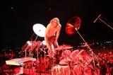 ドラム演奏でスクリレックスと共演したYOSHIKI=『FUJI ROCK FESTIVAL'18』