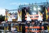 「青空が違う」=欅坂46 野外ワンマンライブ『欅共和国2018』より 撮影:上山陽介