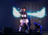 「Bird」を歌う高柳明音=『AKB48グループ感謝祭〜ランクインコンサート〜』初日 (C)ORICON NewS inc.