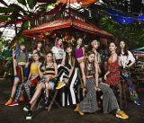 新曲2曲のMVを同時公開したE-girls